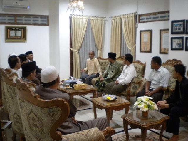Pimpinan PMDG Kunjungi Ponpes Darunnajah Pusat