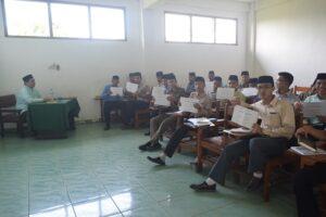 "Suasana kegiatan ""Tahsin Qira'ah"" di salah satu kelas di Gedung Rabithah."