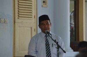 K.H. Masyhudi Subari, M.A. Menyampaikan Sambutan untuk Rombongan Haji PMDG